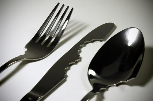 [design-fetish-bite-silverware-2.jpg]