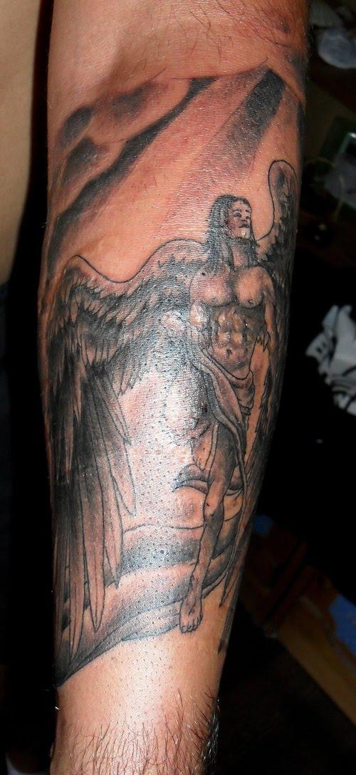 wong tattooan designing best arm angel wings tattoo designs. Black Bedroom Furniture Sets. Home Design Ideas