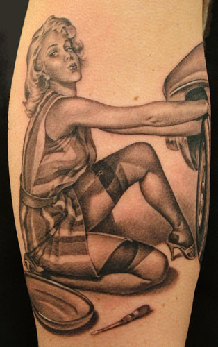Old school pin up girl tattoo designs sexy cars girls for Sexy pin up tattoos