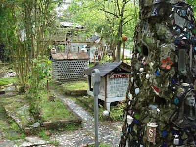 From Lalaland to Dixieland: PARADISE GARDENS