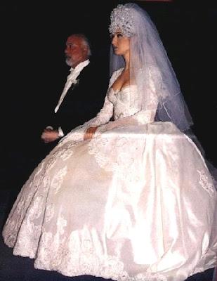 Special Wedding Dress: 09.08