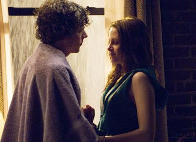 Kristen Stewart  Jesse Eisenberg on Jesse Eisenberg And Kristen Stewart At The Ny Apartment In The