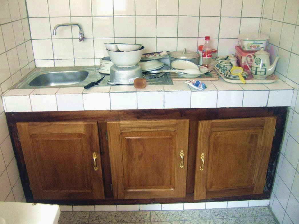 Appartements louer yaound appartement f3 meubl emombo - Cuisine pour appartement ...