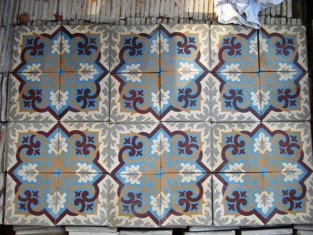 Vloertegels Keuken Verwijderen : En als laatste de tegels voor de eetkamer en keuken. Het ziet er naar