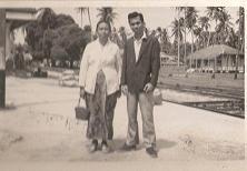 Allahyarhamah Hjh Salbiah & Hj Shamsuddin [Stesyen Keretapi Palekbang Kelantan]