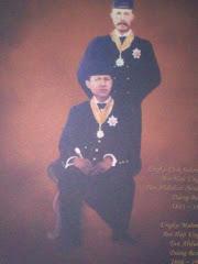 Seated: Ungku Mahmud & Standing: Ungku Cik Sulaiman Tun Hj Abdullah Temenggong Tun Abdul Rahman