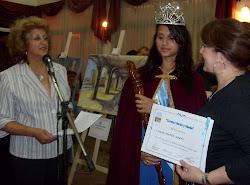 Recibiendo el diploma en Mardel