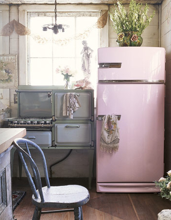 All Pink Kitchen decor me happyelle uy: go for the pink kitchens.