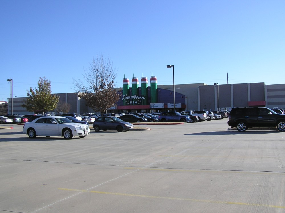 hollywood theaters laredo showtimes voyeur rooms