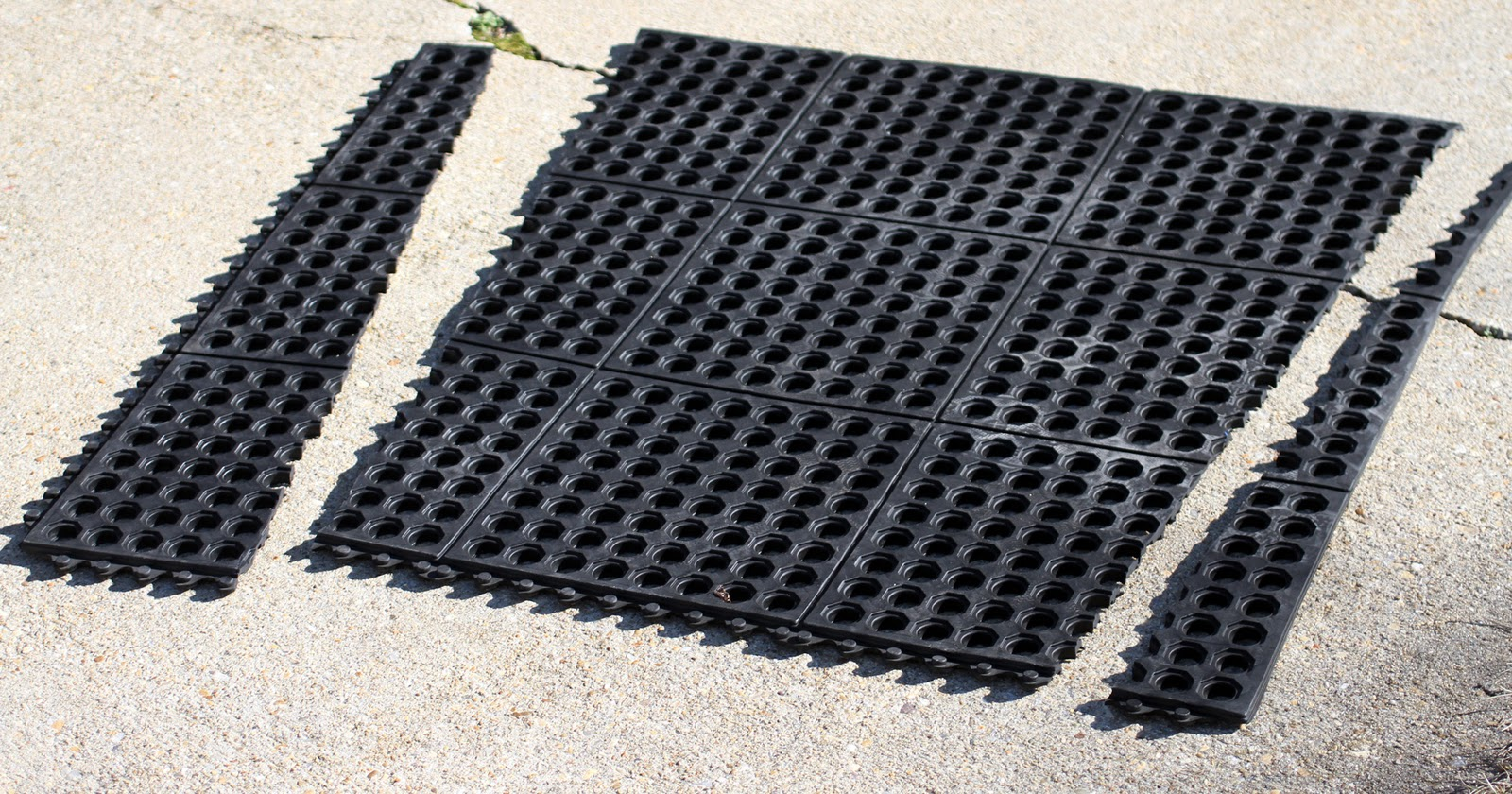 Rubber floor mats for boats - This Nice Thick Layer Of Rubber Will Be A Nice Cushion As We Bounce Down The Highway I Think It Will Work Very Well This Mat Runs Back About Two Thirds