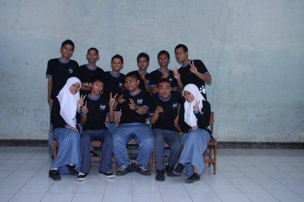 Anggota MPK 2009-2010 (2)