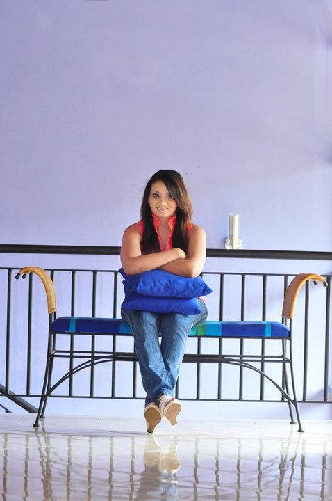 Nadini Premadasa sexy boobs photos