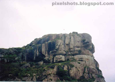 kuravan mala,images of ramakkalmedu,kerala-hill-station-photos,rock mountain peaks of ramakkalmedu mountain ranges,one of the highest mountains in kerala