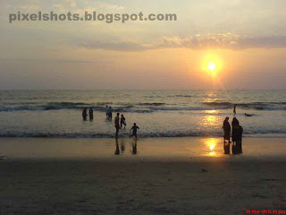 beach sunset photography from india kerala,one of the main attractions of kerala tourism the beaches in kerala,kerala tourism,calicut beach,sunset