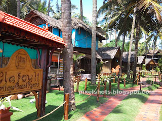 beach side heritage cottages varkala kerala india,beach cottage resorts having ayurvedic clinics, dental spas, supermarket,yoga centres,beauty studios,restaurants,kerala beach cliff cottages in varkala