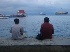 Di pantai Ternate 2