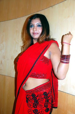 Desi Masala Aunty Hot Dark Shaved Armpit Sleeveless Blouse Show Image