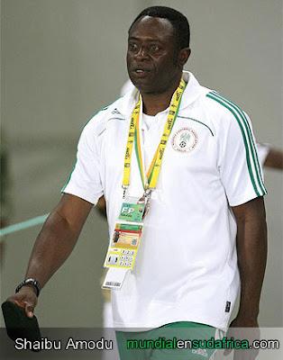 El despido de Shaibu Amodu , Nigeria sin Tecnico