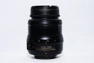 Nikon DX AF-S 18-55mm F 5.6