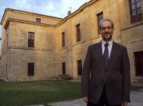 Hernández Ruipérez, rector de la Universidad de Salamanca