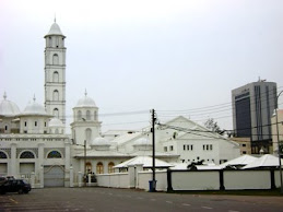 WHITE MOSQUE