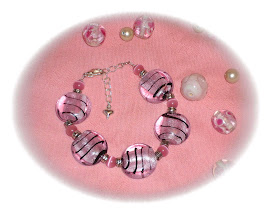 www.pearlsandwhirls.co.uk