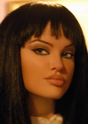 Dana Hamm in Beautiful Cleopatra Queen Hairstyle