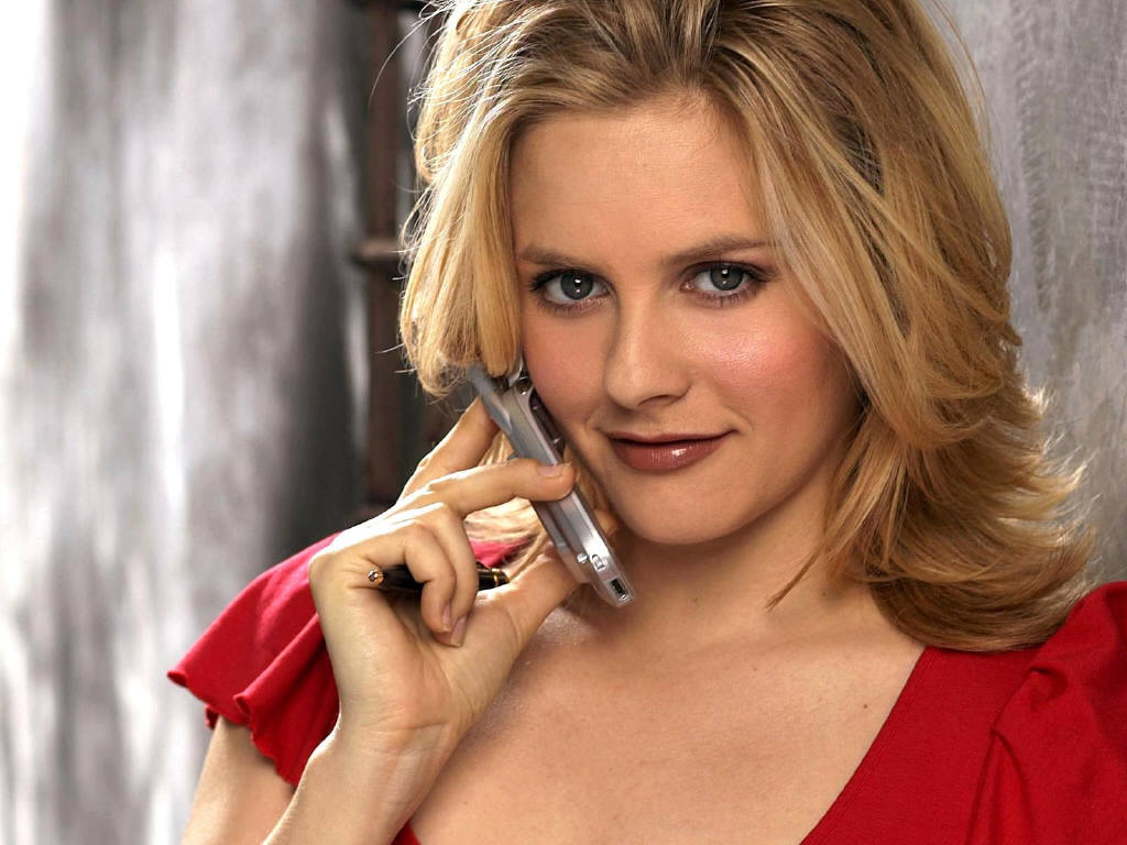 http://3.bp.blogspot.com/_RGg8KzecjDs/TUud8Ug0LpI/AAAAAAAAASg/UCt5ruq3-6s/s1600/hollywood_actress_alicia_silverstone-13.jpg