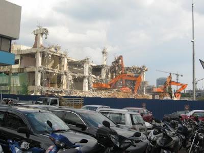 3 excavators demolishing PJ's Jaya Supermarket