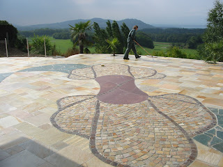 Motif en pierre pour terrasse