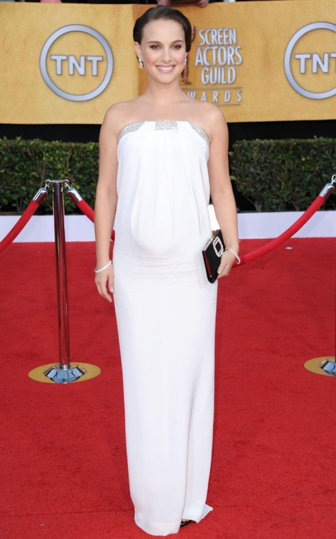 In my opinion Mrs. Natalie Portman looked way better at these awards than at