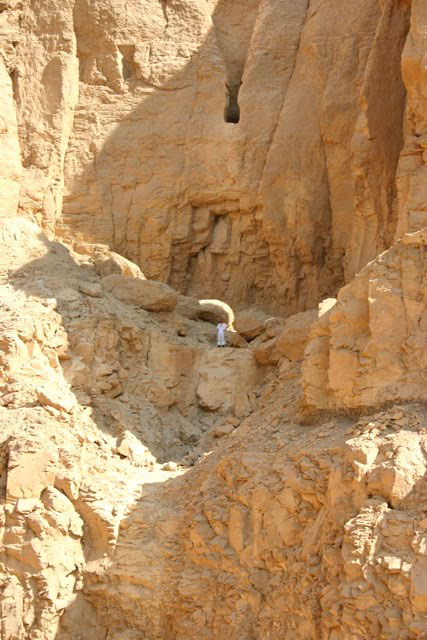 Queen Hatshepsut s First Tomb  Updated Queen Hatshepsut Tomb Discovered