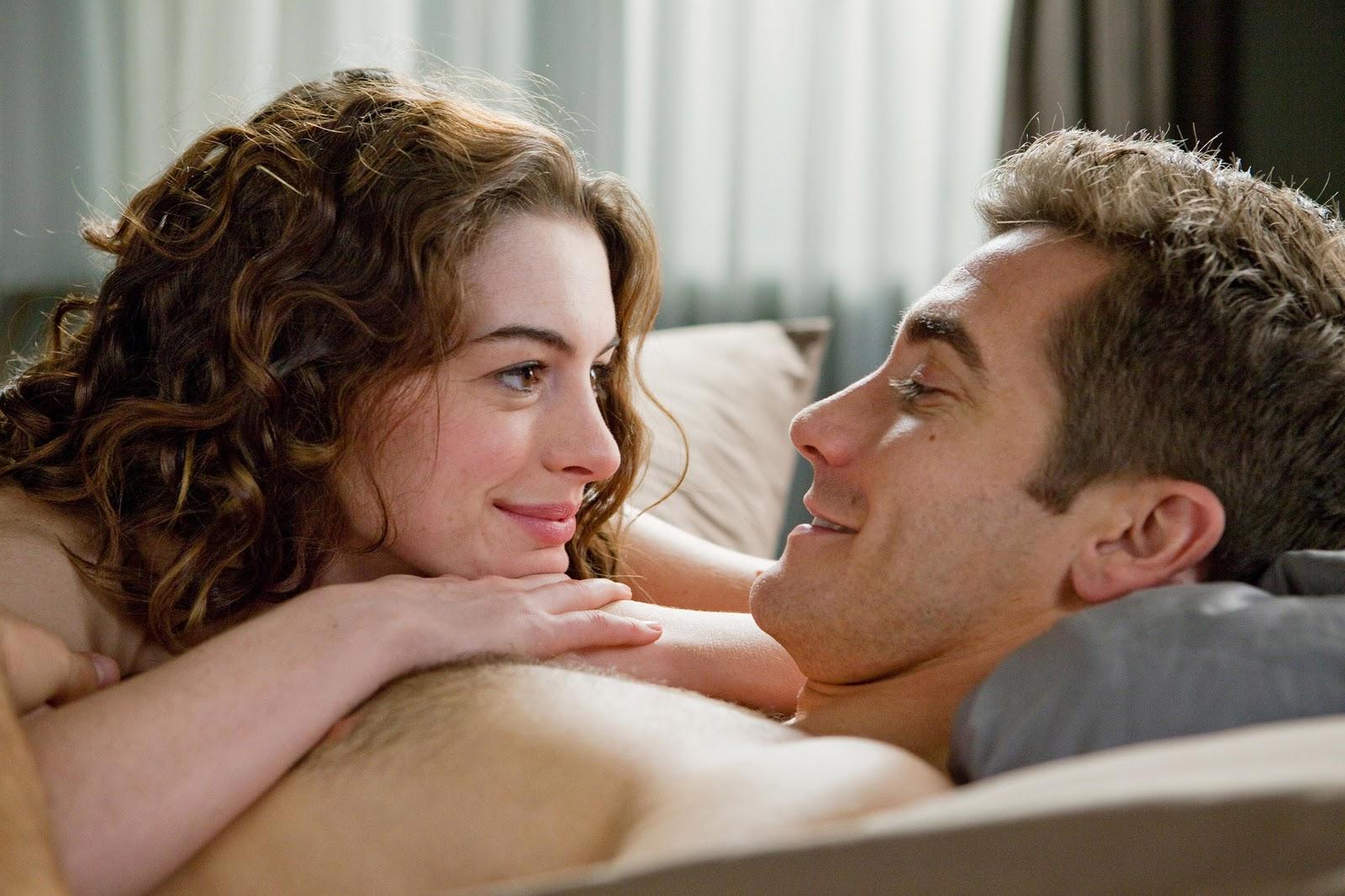 http://3.bp.blogspot.com/_ROXZFfuHbrs/TPz_QO7oYiI/AAAAAAAAOik/mSknKbsyR6w/s1600/anne+jake+LOVEANDOTHERDRUGS.jpg