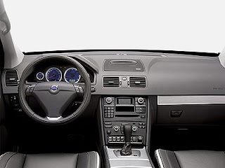 volvo-XC90-V8-SUV