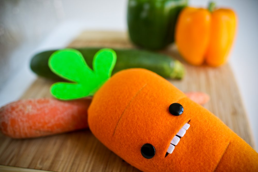 Steff Bomb, Plush Carrot