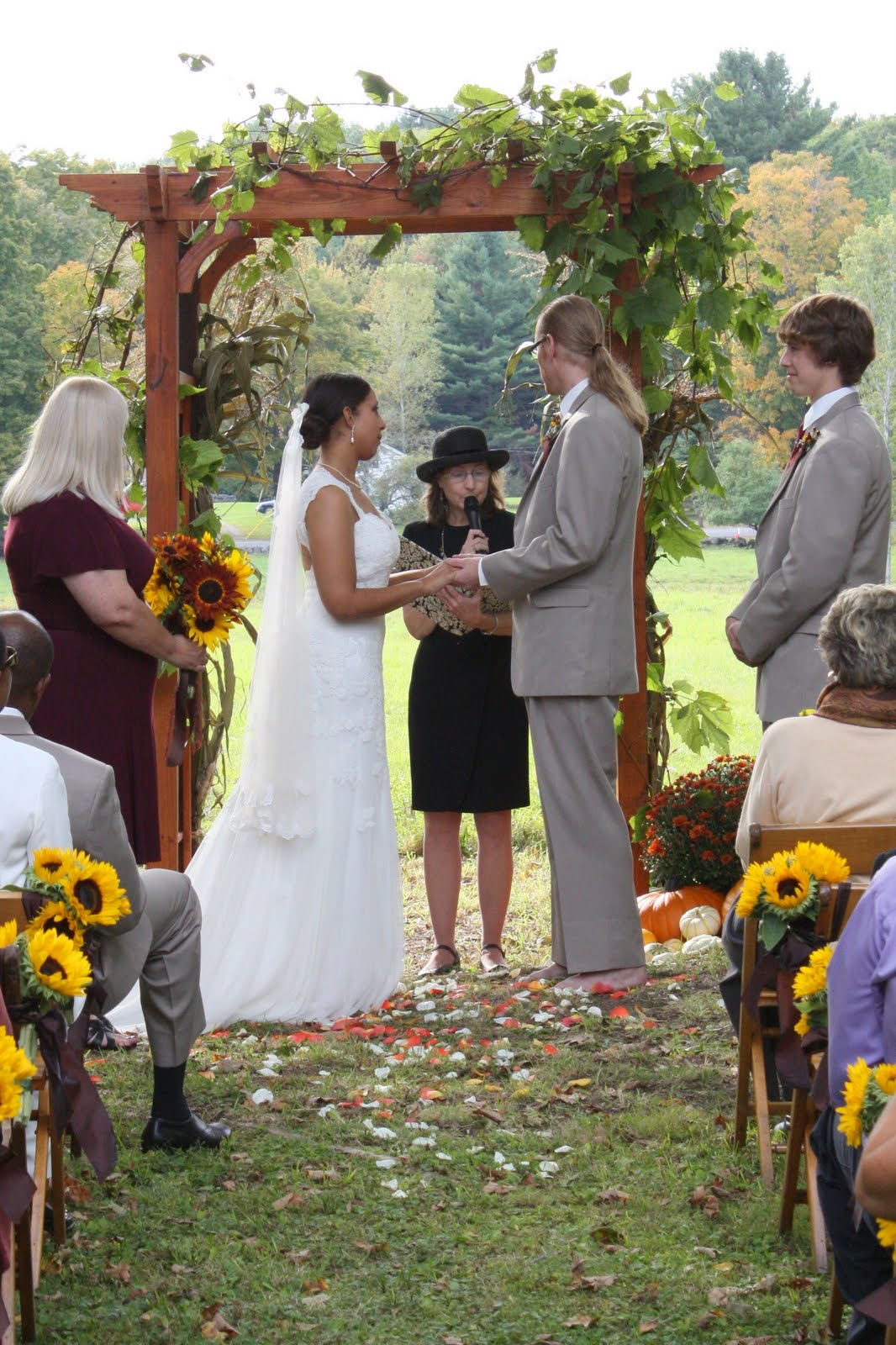 AnitaWeds: Outdoor Weddings: Connecting With Nature