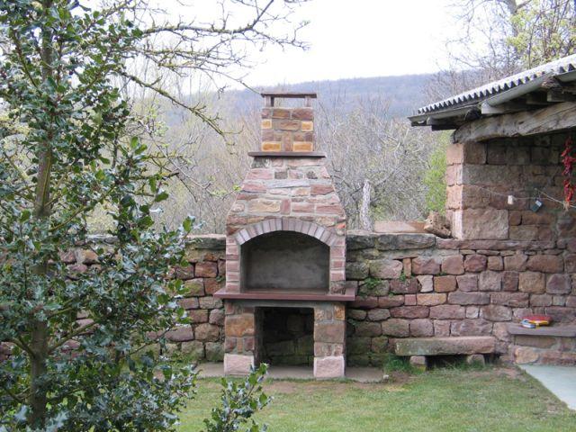 Blog tienda de juanfra barbacoas de piedra for Barbacoas de piedra para jardin