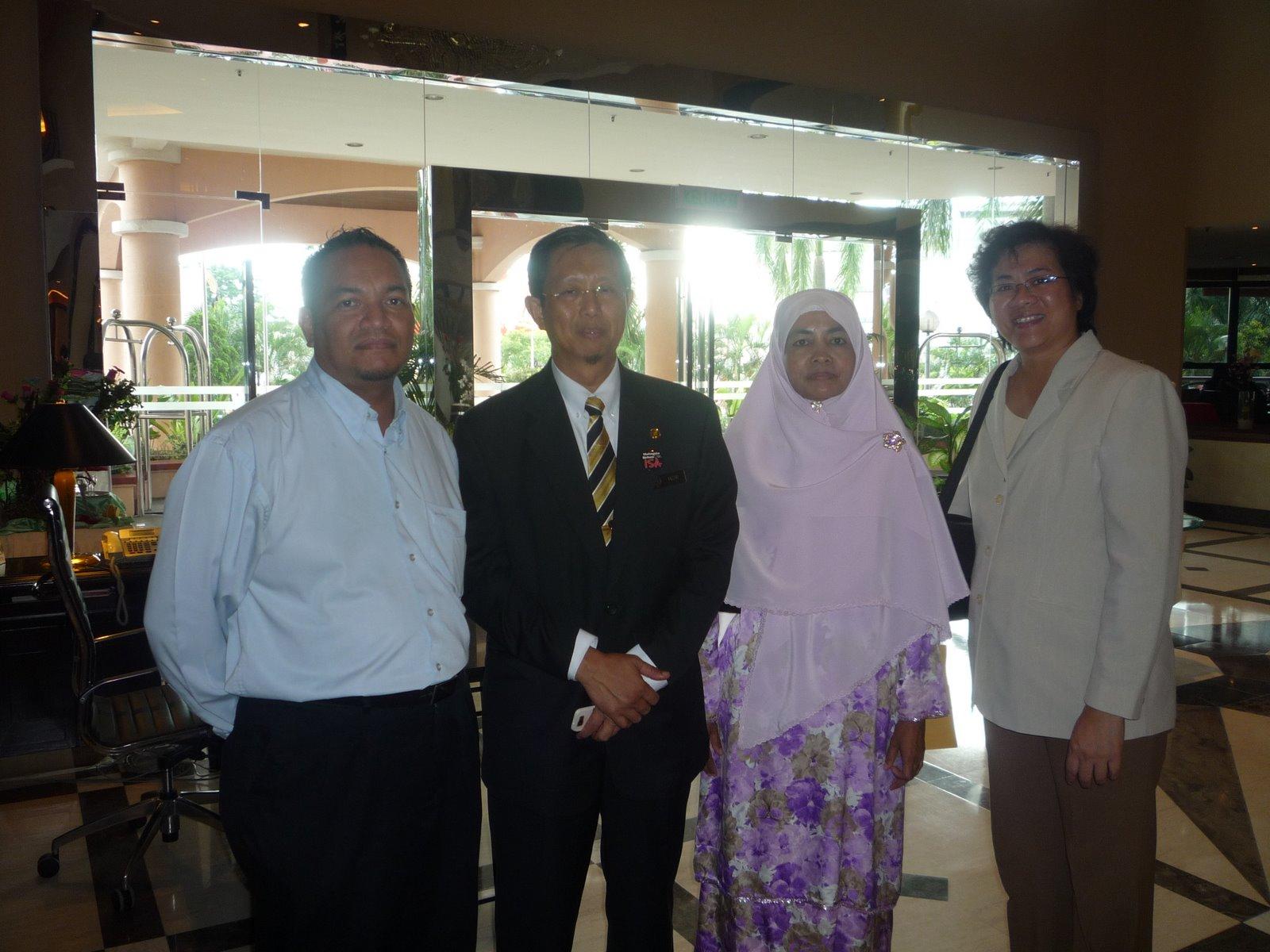 Bersama DS Nizar dan Datin -11 Mei 2009