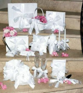 Making A List Will Help You To Choose The Perfect Wedding Accessories Have On Your Day