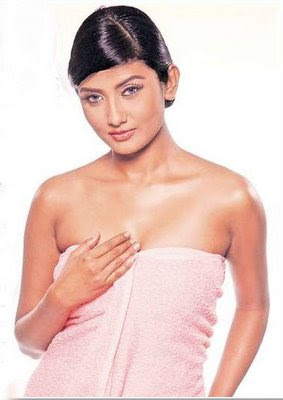 Bengali Hottie Parno Mitra Only In Towel