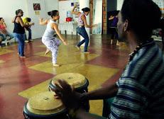 Aula de Dança Afro ( percussão Luciano de Jesus)