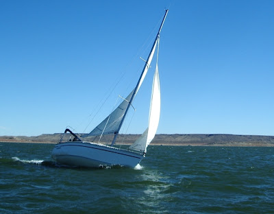 William's Hunter 28, Erebus, bounds along in a puff.