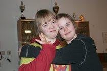So ein Zirkus: Fabia Niemann und Friederike Limbach bei Zambaioni, Behinderung Handicap, Deutschland, Down Syndrom, Down-Syndrome, Extrachromosom, Integration integrativ, Kind, Trisomie 21,