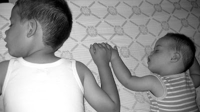 Kinder mit Down-Syndrom und Geschwister mit Down-Syndrom zwei typische Fragen, Behinderung, Down-Syndrom, Fotos, Maximilian, Niklas, Sprache, Liebe,