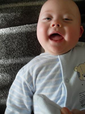 New Blog: Paul entdeckt die Welt, Baby, Behinderung Handicap, deutsch, Deutschland, Down Syndrom, Down-Syndrom Blogs, Down-Syndrome, Extrachromosom, Trisomie 21, Fotos,