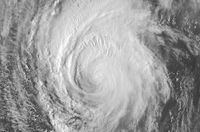 Hurrikan IGOR kommt: Live Webcams auf den Bermudas und Satellitenbild Live Stream, 2010, aktuell, Atlantik, Bermudas, Igor, Hurrikansaison 2010, Hurrikan Satellitenbilder, Video Stream, Live Stream Satellitenbild, Live Webcam,