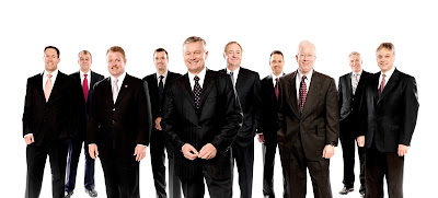 Corporate Portrait of O-I executives by Atlanta and Baltimore based annual report photographer Nicholas McIntosh