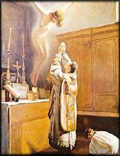 Jesus esta en la Eucaristia.