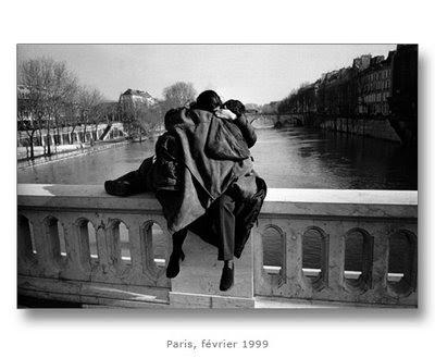 http://3.bp.blogspot.com/_RXXTpwgw_vg/SgwMpqPmYJI/AAAAAAAACXU/WfoDANkrEdg/s1600-h/Paris,+février+99+par+Edouard+Boubat.jpg