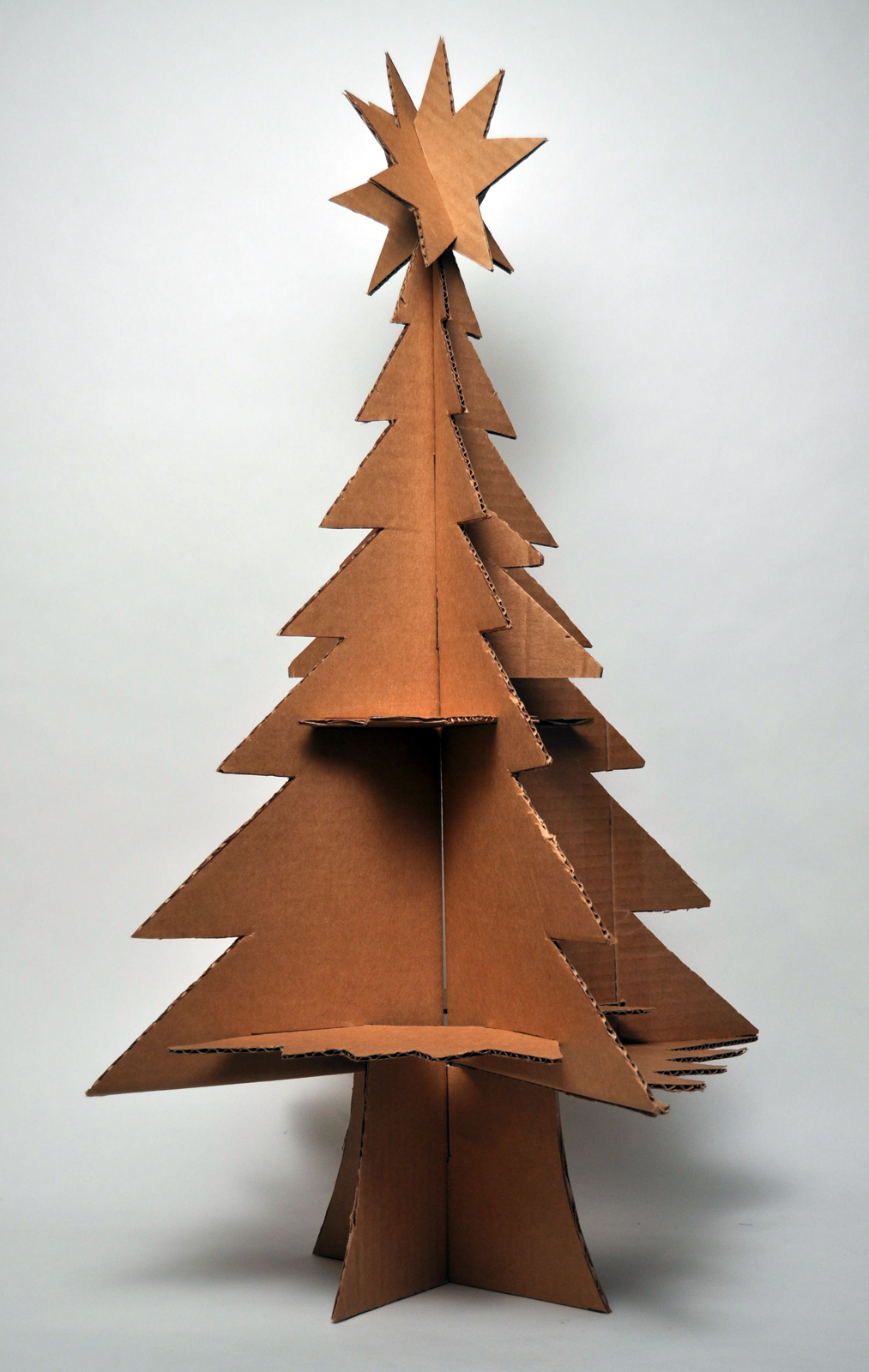 Hutch studio a cardboard christmas - Sapin de noel carton ...